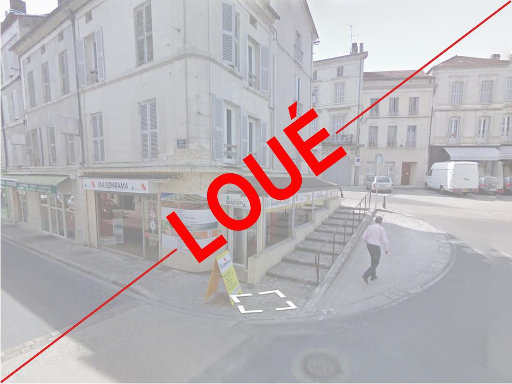 Chalais-2ruedeBarbezieux-loue